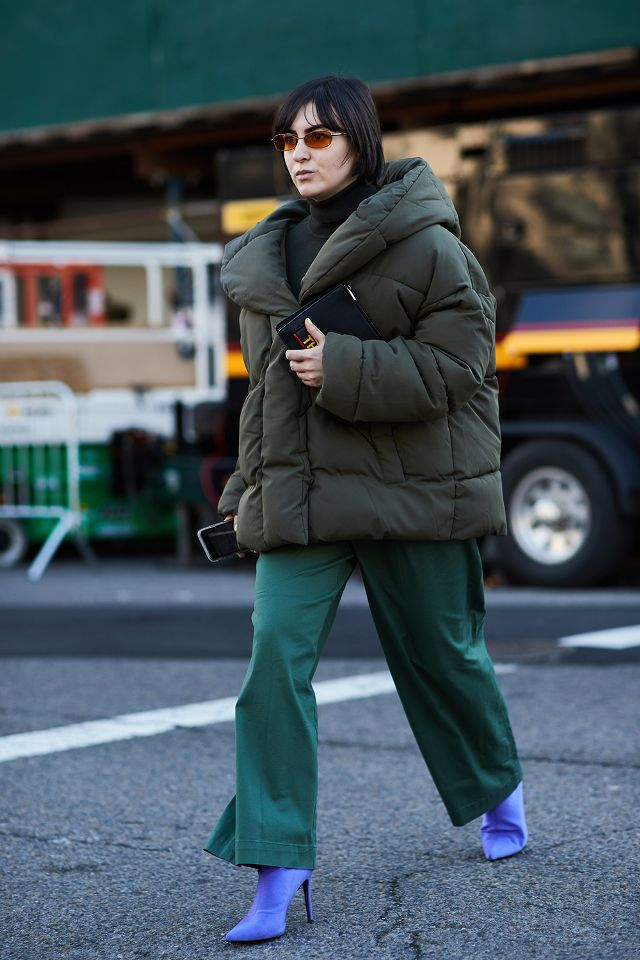 the-latest-street-style-from-new-york-fashion-week-2618800.640x0c